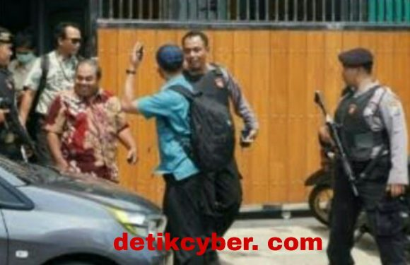 KPK Kembali Ke Tulungagung, Geledah Rumah Wabup dan Ketua DPRD