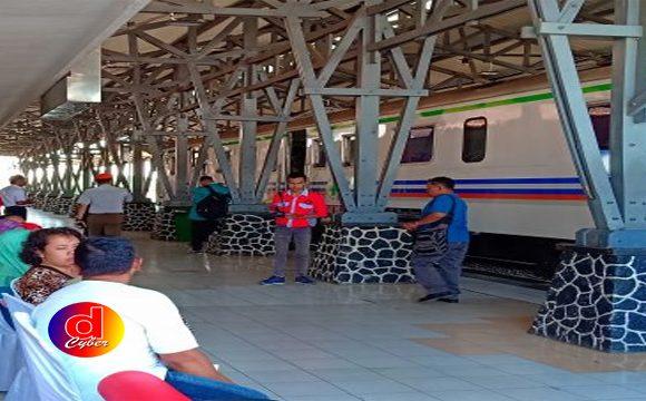 HUT Ke 73 PT KAI Daop 7 Madiun, Gelar Misi Sosial Pengobatan Gratis