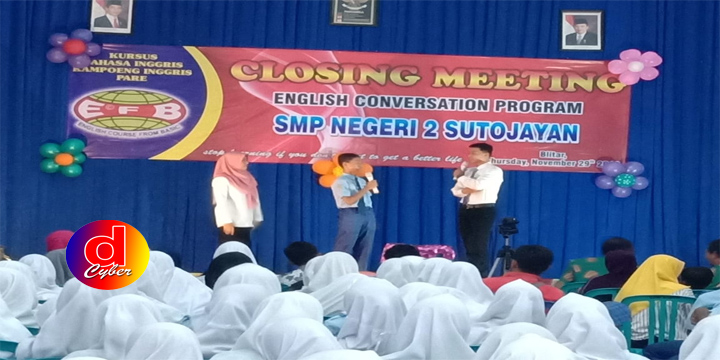 SMP NEGERI 2 SUTOJAYAN ADAKAN CLOSING MEETING ENGLISH CONVERSATION PROGRAM