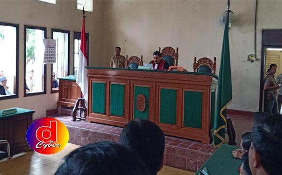Pengadilan Tolak Permohonan Praperadilan Penetapan Tersangka Kasus UU ITE