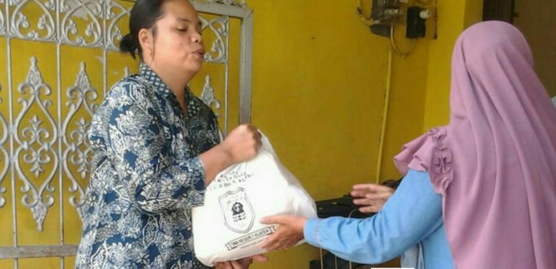 Alumni SMA Negeri 1 Klaten Sangat Peduli Sosial Bagi Warga Kurang Mampu Disaat Wabah Covid-19 Melanda Bangsa Indonesia