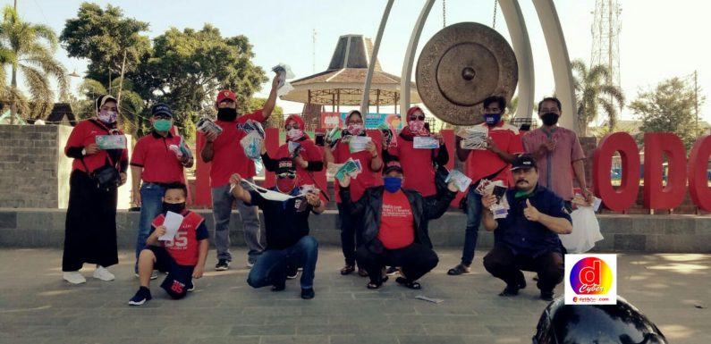 Masyarakat Sutojayan Bersama Muspika Bersatu Lawan Covid 19 Bersama Kita Bisa