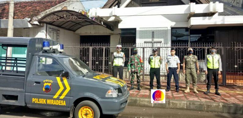 TNI, POLRI, DAN SATPOL PP GELAR PATROLI BERSAMA