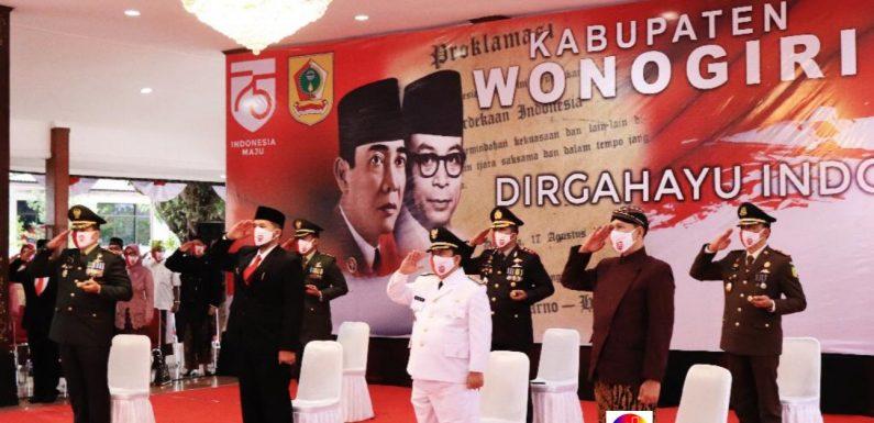 Wakil Bupati  Wonogiri Ikuti Upacara Penurunan Bendera Secara Virtual