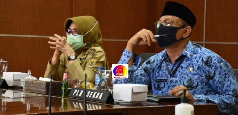 PLT BUPATI PEKALONGAN IKUTI RAKOR KEMENTRIAN SETNET MENGENAI PELAKSANAAN VAKSIN COVID 19 BERSAMA WALIKOTA / BUPATI SE- INDONESIA