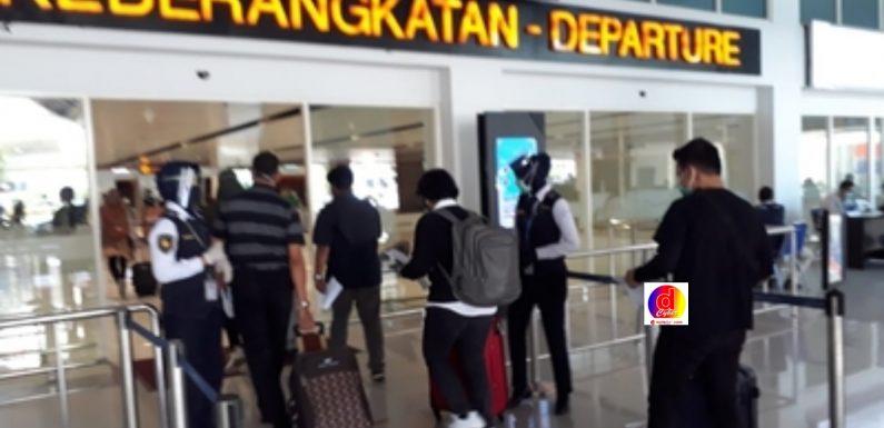 Antrian Swab Antigen Bandara Solo Membludak, Sangat Memberatkan Penumpang