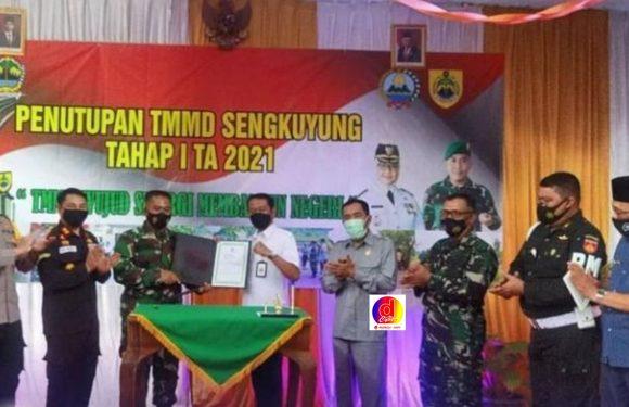 Kapolres Sragen Hadiri Penutupan TMMD Sengkuyung Tahap I TA 2021 Di Desa Jekani, Kecamatan Mondokan