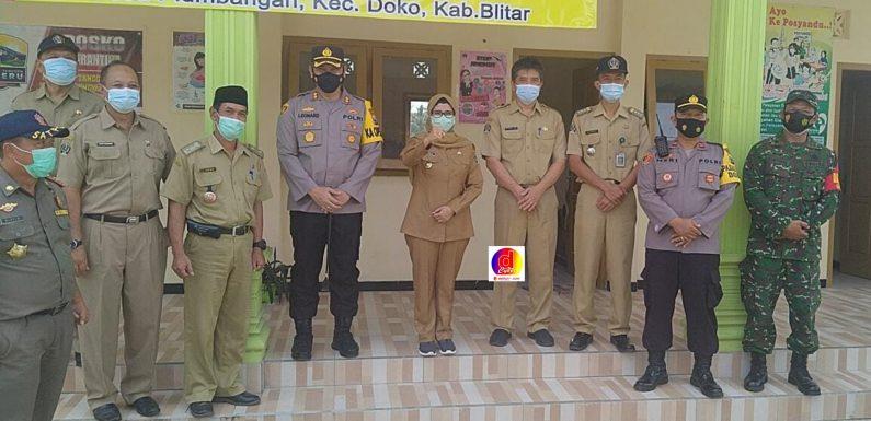 Pemberlakuan Pembatasan Kegiatan Masyarakat (PPKM) Berbasis Mikro Kecamatan Doko Dipusatkan di Desa Plumbangan