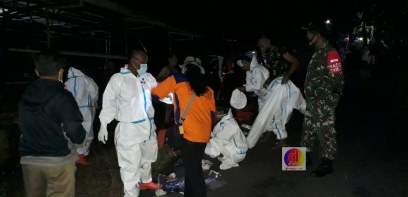 Anggota Koramil 07/Tirtomoyo Selalu Memberikan Pendampingan Pemakaman Warga Dengan Prosedur Covid-19