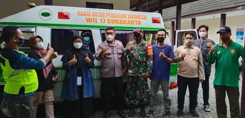Bhabinkamtibmas Bersinergi Dengan Tim PPKM Mikro Desa Sanggrahan Laksanakan Himbauan Prokes