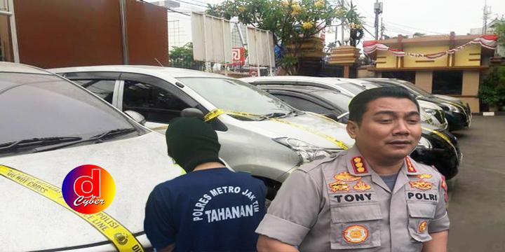 Gadaikan 44 Mobil Rental, Dua Pelaku Ditangkap
